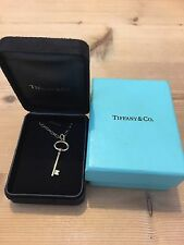 BRAND NEW TIFFANY & CO. 18K GOLD KEY PENDANT & 18K GOLD CHAIN NECKLACE RRP £1200
