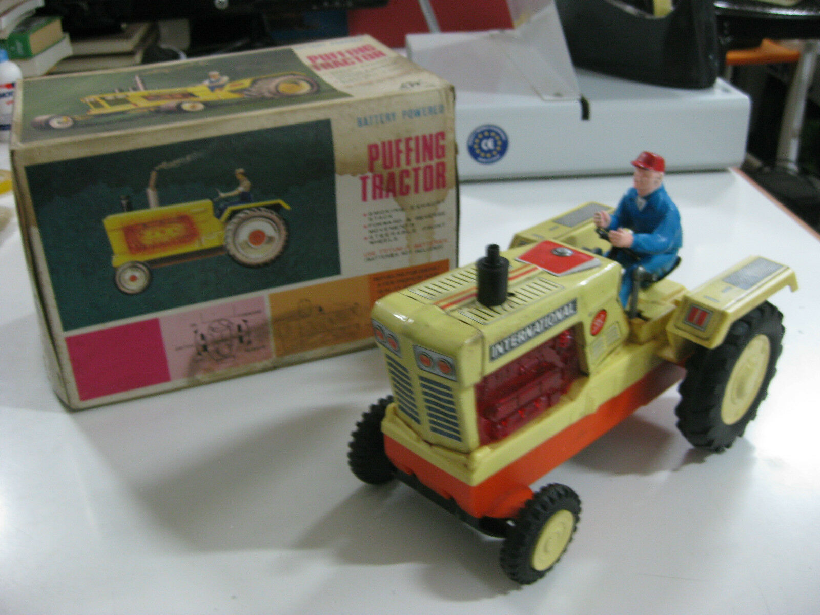 VINTAGE 60'S ALPS TOY PUFFING TRACTOR-BATTERY TIN TOY-MADE IN JAPAN-WORKING