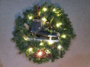 image is loading 24 034 canadian pine christmas wreath battery operated - Battery Operated Christmas Wreaths