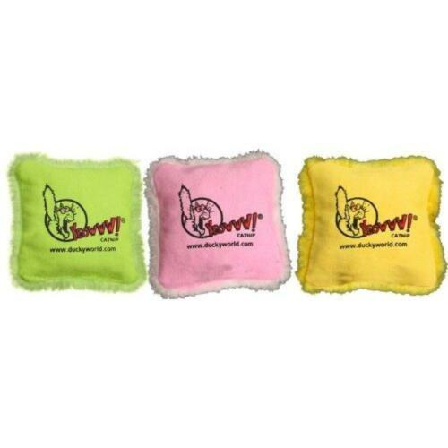 Contains a Pin Speciality Pack Containing 3 Yeowww 100/% Organic Catnip Pillows
