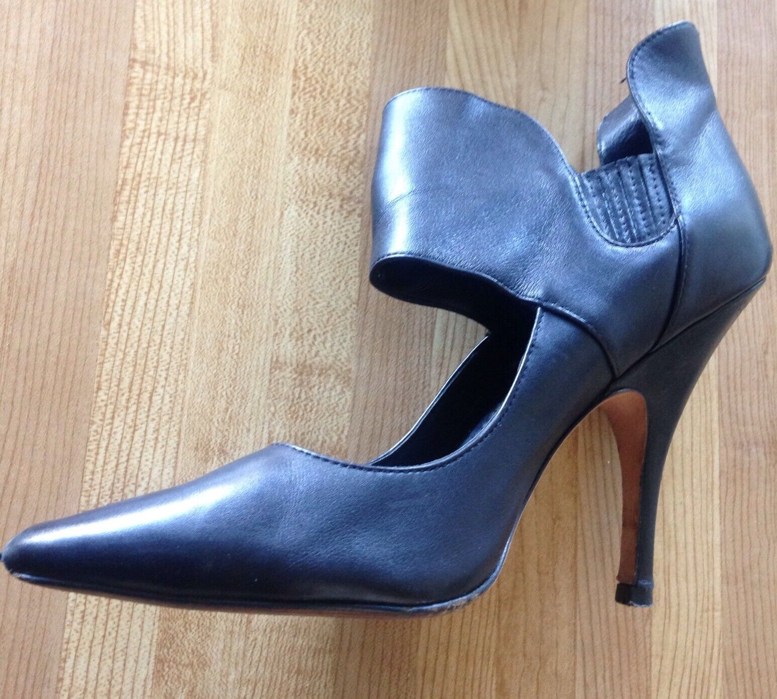 Jean-Michel Cazabat Women's Black Isola Collared Pump Size 39.5