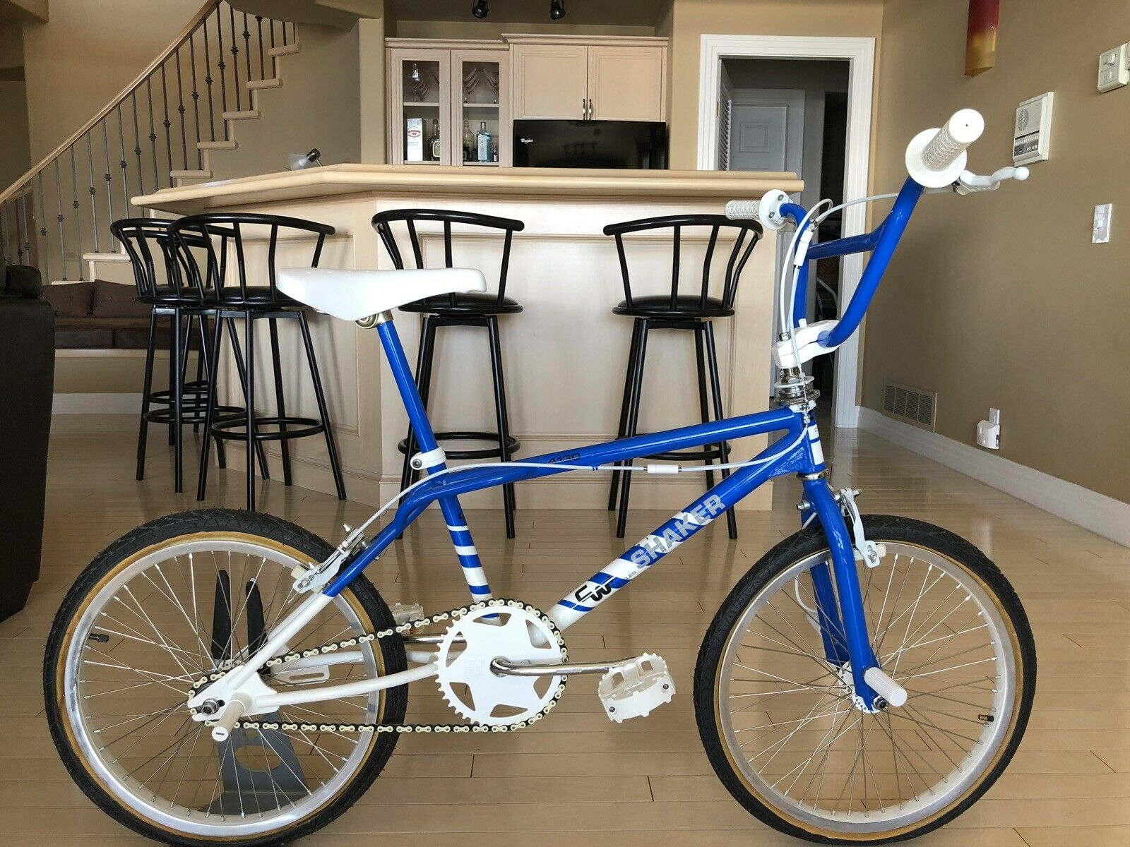 1987 CW Shaker Freestyle  BMX Complete. Rare Restored Frame By CW.  first-class quality