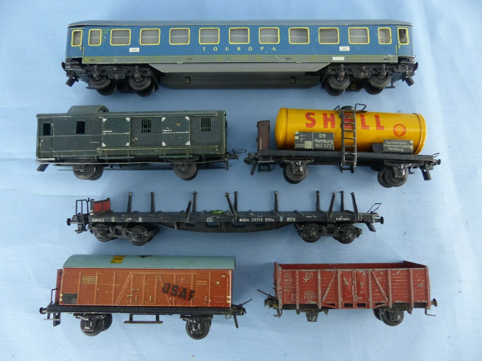 Lot de 6 wagons TRIX MODELL tôle lithographiée et métal SHELL TOUROPA ech  Ho