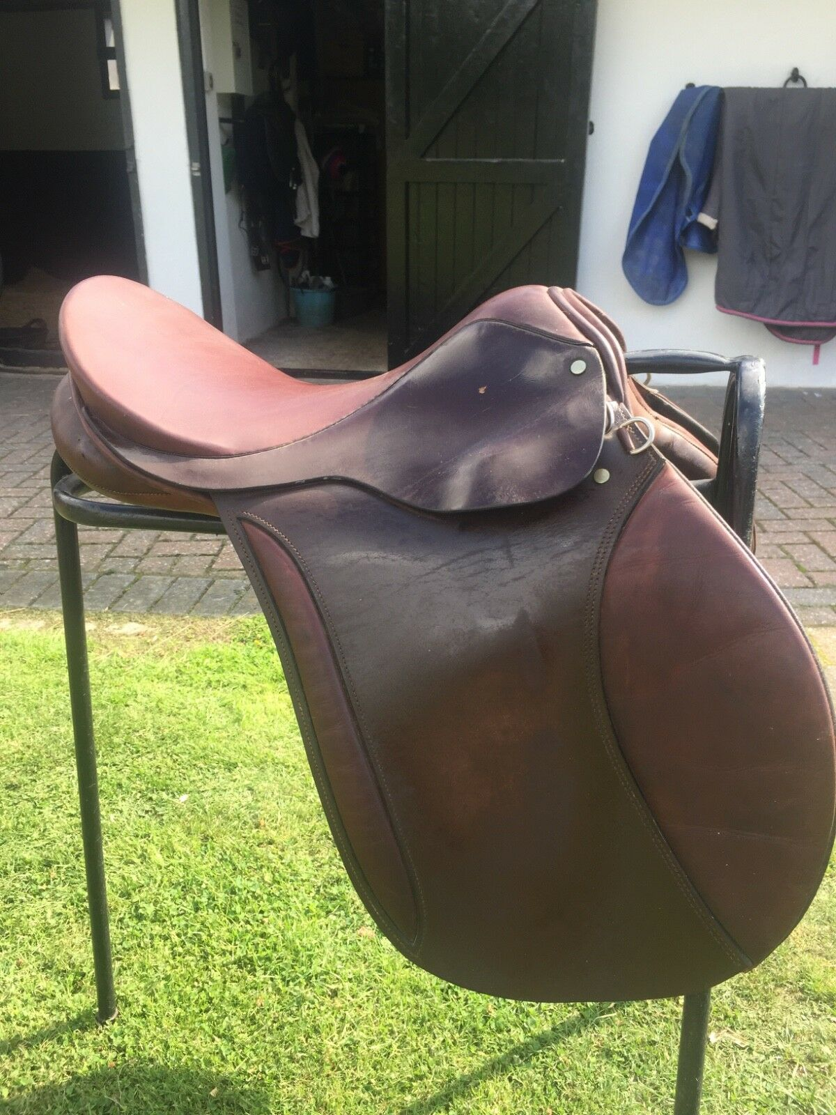 Brown 17.5 eldonian gp saddle