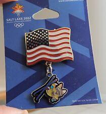 2002 SALT LAKE CITY OLYMPICS PIN  Original Card FLAG with MASCOT on skies CHARM