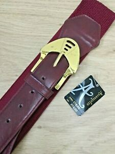 HNK774 EXPANDABLE RED WITH GOLD TRIM BUCKLE S//M BNWT BELT BY ACCESSORIZE