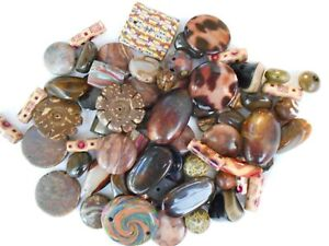 JOB-LOT-ASSORTMENT-OF-MIXED-BROWN-BEADS-VARIOUS-SIZES-JEWELLERY-MAKING