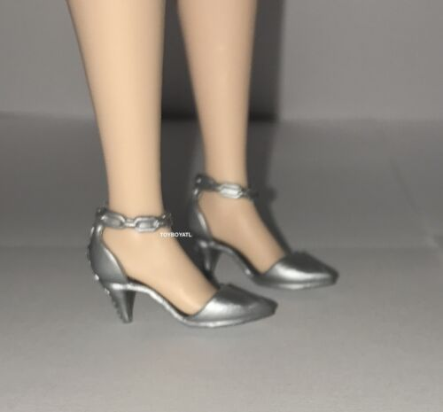 Barbie Fashionistas Evolution Curvy /& Tall Doll Shoes NEW Silver Pumps Heels