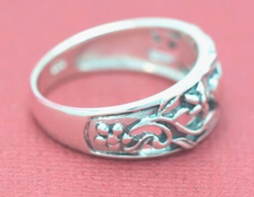 Beautiful Filigree Heart Vines /& Flowers  Band Also A Thumb Ring 5,6 7,8,9
