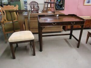 Lane-Solid-Mahogany-Writing-Desk-Chippendale-Style-w-Chair
