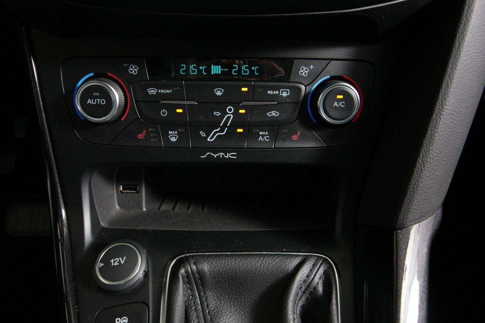 Ford Focus SCTi 182 Titanium Van