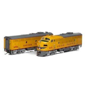 Athearn Genesis ATHG22754 HO F3 A/B DCC Ready Union Pacific UP #1451 & #1432B