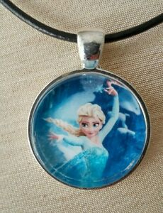 034-ELSA-034-Disney-039-s-Frozen-Glass-Pendant-with-Leather-Necklace