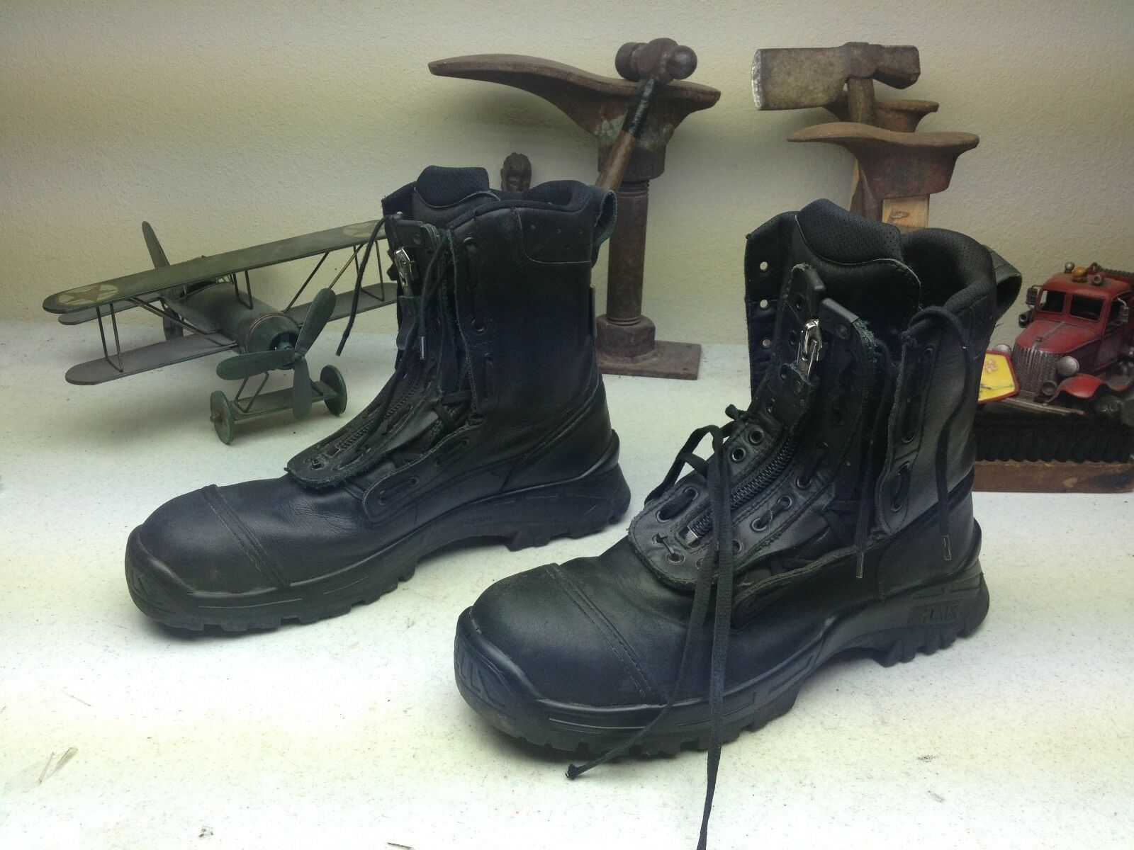 VINTAGE STEEL TOE CROSSTECH BLACK LEATHER MILITARY MOTORCYCLE COMBAT BOOTS 12.5M