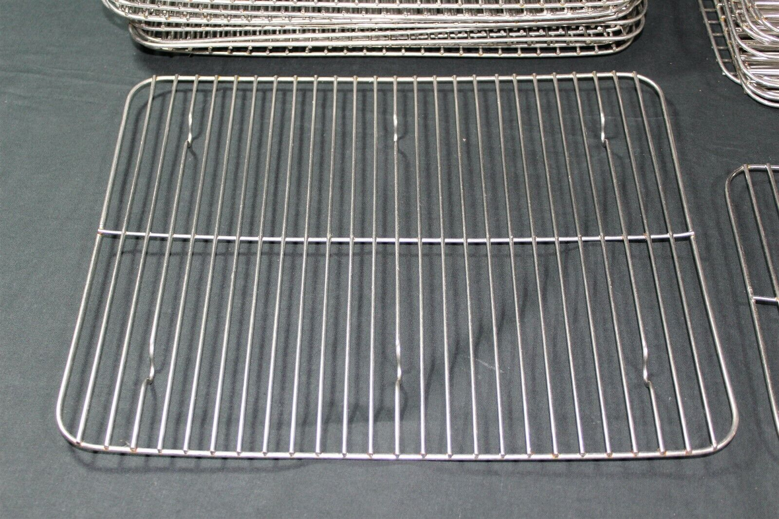 "Cucina 4 X 4 bon chef 60012g stainless steel grill for cucina large food pan - 13 3/4"" x  11"""