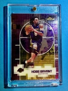 Kobe-Bryant-2000-TOPPS-FINEST-RARE-EMBOSSED-CHECKERED-FOIL-LAKERS-CARD-8-Mint