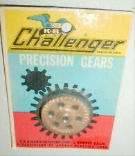 (1) 1960's Vintage Brass CROWN 40 Tooth Posi-Lok Hub by K & B #555 NOS Slot Car