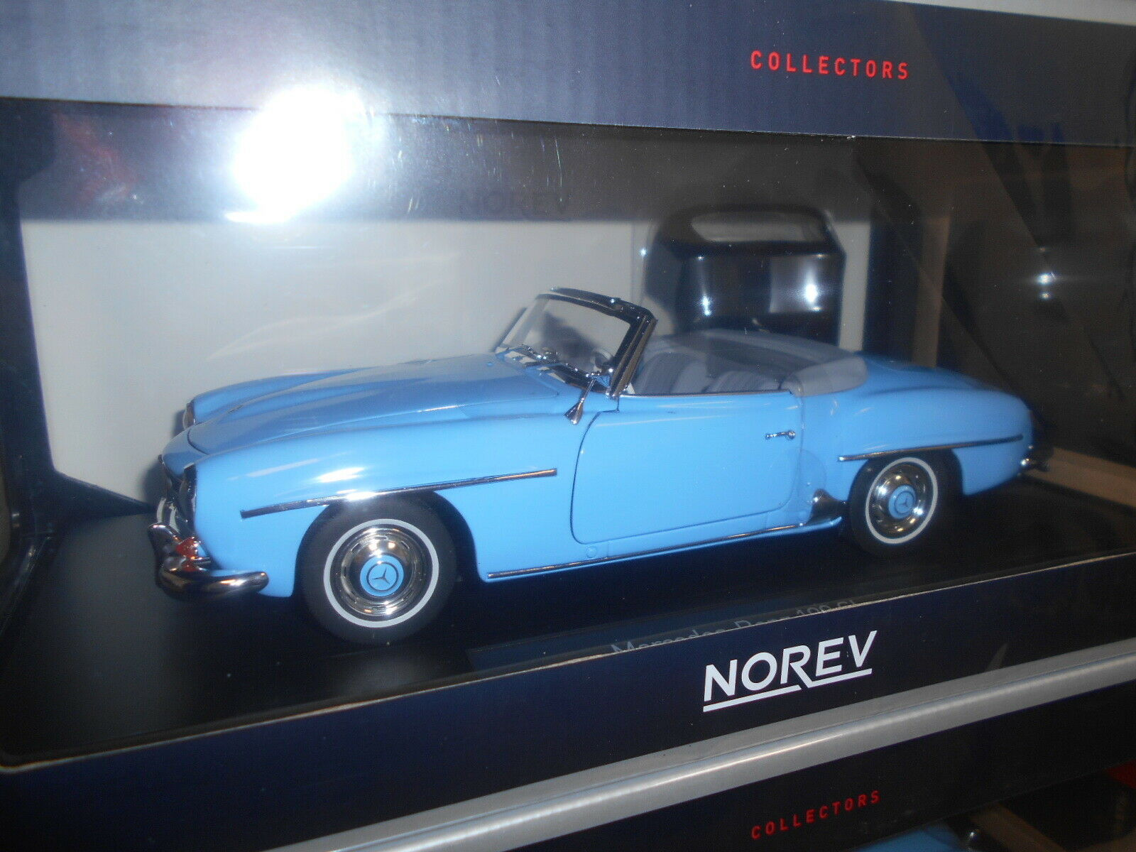 NV183400 by NOREV MERCEDES BENZ 190SL azul 1955 1 18