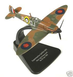 AC001-Oxford-Diecast-Modelzone-1-72eme-Echelle-Supermarine-Spitfire-edition