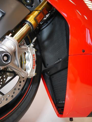 DUCATI Panigale V4 S 2018 onwards Radiator Guards Protection Evotech Performance