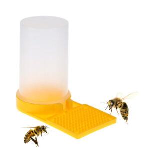 Beekeeping-Beehive-Water-Feeder-Bee-Drinking-Entrance-Beekeeper-Nest-Cup-Tool