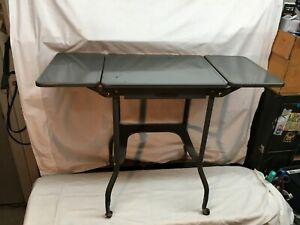 Vintage-Mid-Century-Industrial-Gray-Metal-Typewriter-Rolling-Stand-Wood-Wheels