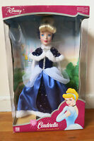 Newdisney Cinderella Porcelain Keepsake Doll 2003 Rare Brass Key