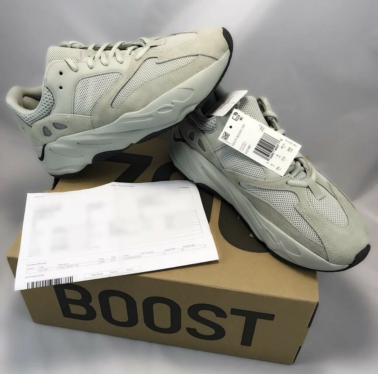 Yeezy Boost 700 Salts SIZE 9.5 100% Authentic DS