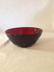 Vintage-Ruby-Red-Soup-Salad-Bowl-Luminarc-France