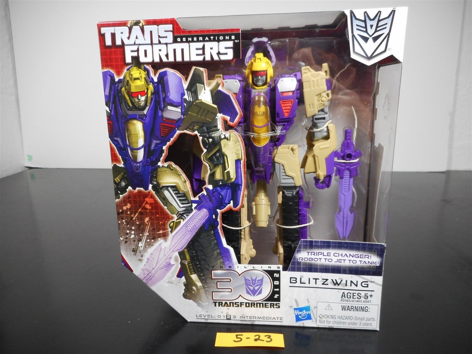 nuovo & SEALED  TRANSFORMERS GENERATIONS BLIZTWING azione cifra THIRLLING 30 523