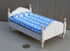 1:12 Natural Finish Single Bed Dolls House Miniature Bedroom Accessory 069