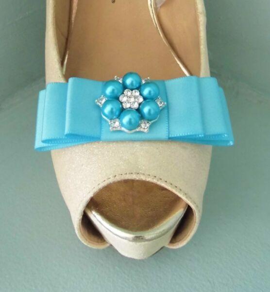 2 Clip Con Fiocco In Raso Turchese Per Scarpe Con Colorato Perla & Diamante Centro
