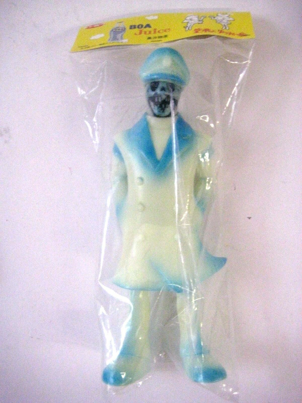 Denboku Ghost Admiral Glow in the Dark 10  Vinyl Figure sofubi astro boy WF2012