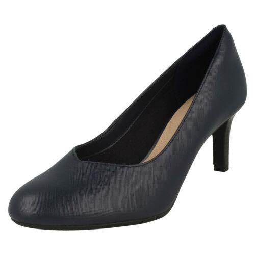 Femmes Clarks danseuse Nolin Smart Cour Chaussures D Fitting