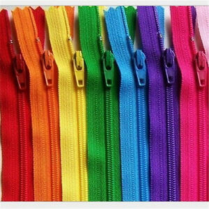 NYLON-OPEN-ENDED-ZIPS-SIZE-5-47-COLOURS-IN-MANY-LENGTHS-BUY-2-PAY-FOR-1