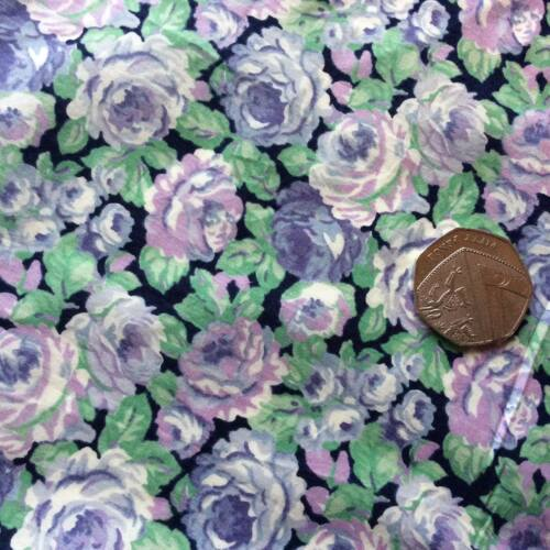 Crafting Vintage Floral Cotton Fabric Dressmaking Quilting 12m Available
