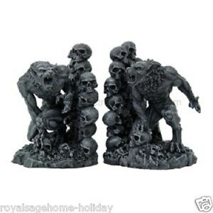 8464 Werewolf Bookends Halloween Wolf Scary Mythical Fantasy Skulls Gothic