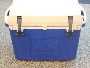 TAIGA-27-Quart-Cooler