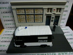 DIO4D-Voiture-diorama-1-43-IXO-TEST-metiers-de-france-Peugeot-J7-police
