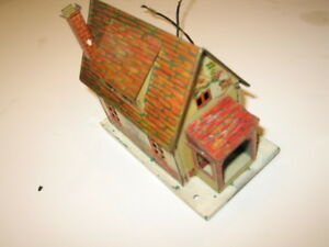 Lionel-small-litho-tin-house-Great-condition-excellent