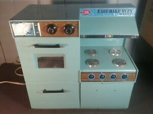 Betty-Crocker-Easy-Bakery-Oven-1963-works