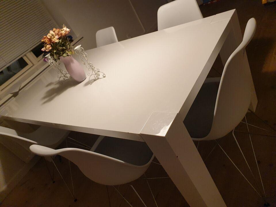 Spisebord m/stole, Ved ikke , Husker ikke