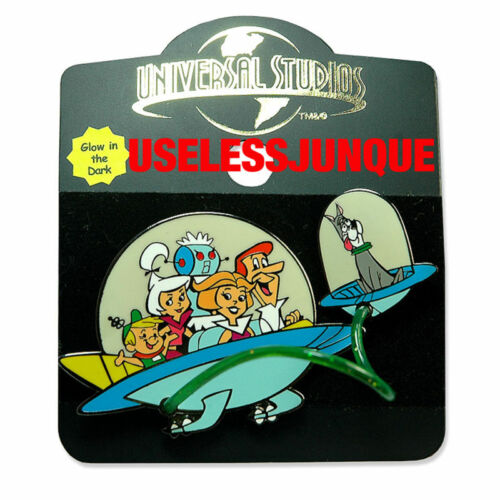 THE JETSONS SPACE CAR AND ASTRO 2 PIECE HAT PIN SET