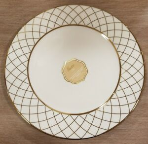 NEW-4-Ciroa-Luxe-Porcelain-with-Metallic-Accent-Gold-Criss-Cross-Dinner-Plates