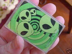 A-293-MINI-ALIEN-heads-Area-51-PLAYING-CARDS-deck-Aliens-CUTE