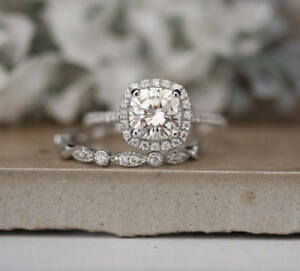 3Ct-Cushion-Cut-Diamond-Halo-Engagement-Ring-Bridal-Set-14K-White-Gold-Finish