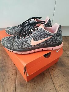 ciclo Confuso Insustituible  Nike Free Tr Fit 3 Animal Print Mujer Entrenadores. Size UK 6 (EUR 40) |  eBay