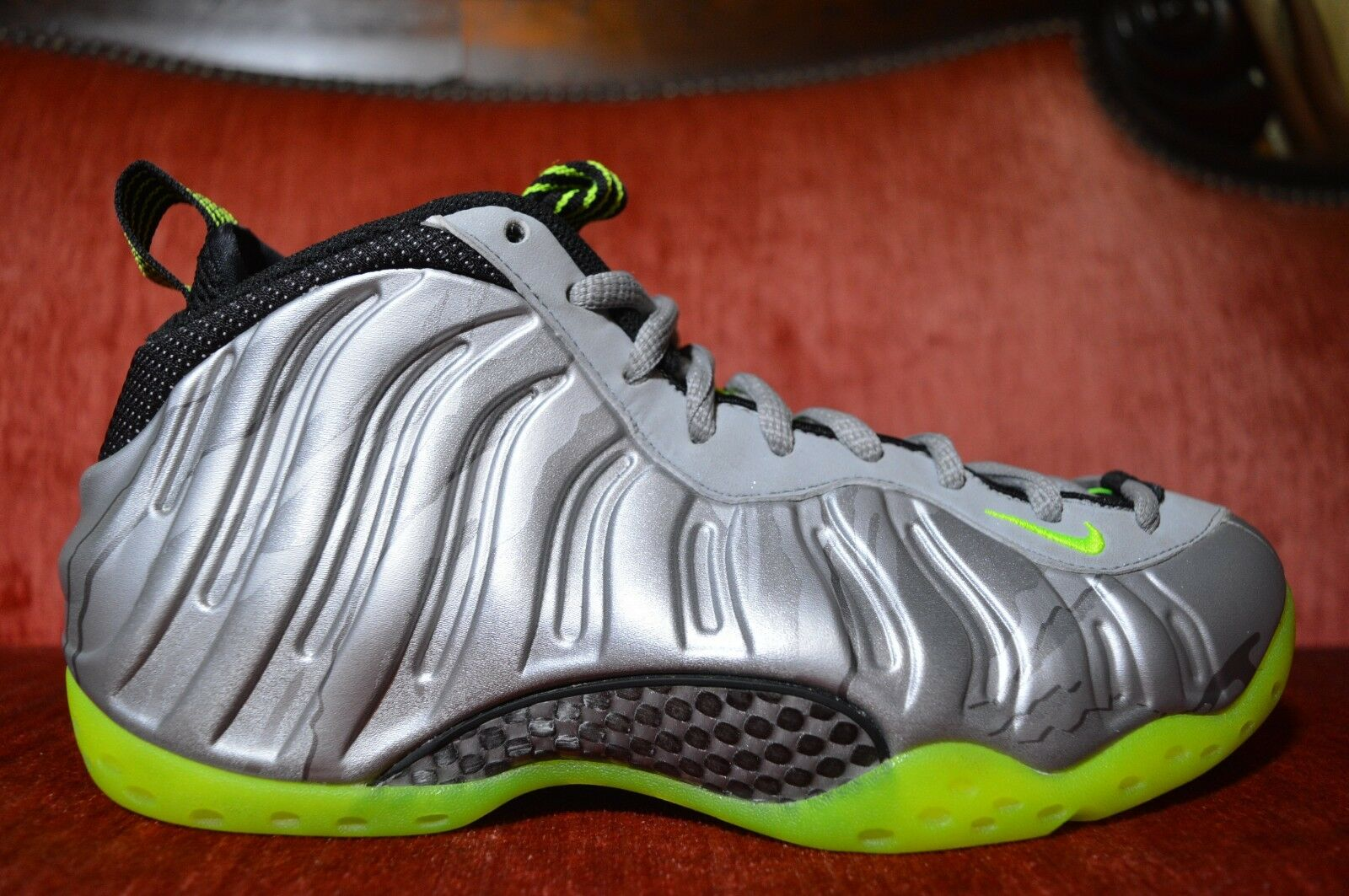 WORN 1X Nike Air Foamposite One 1 PRM Volt-Black-Metallic Silver Camo 575420-004 best-selling model of the brand