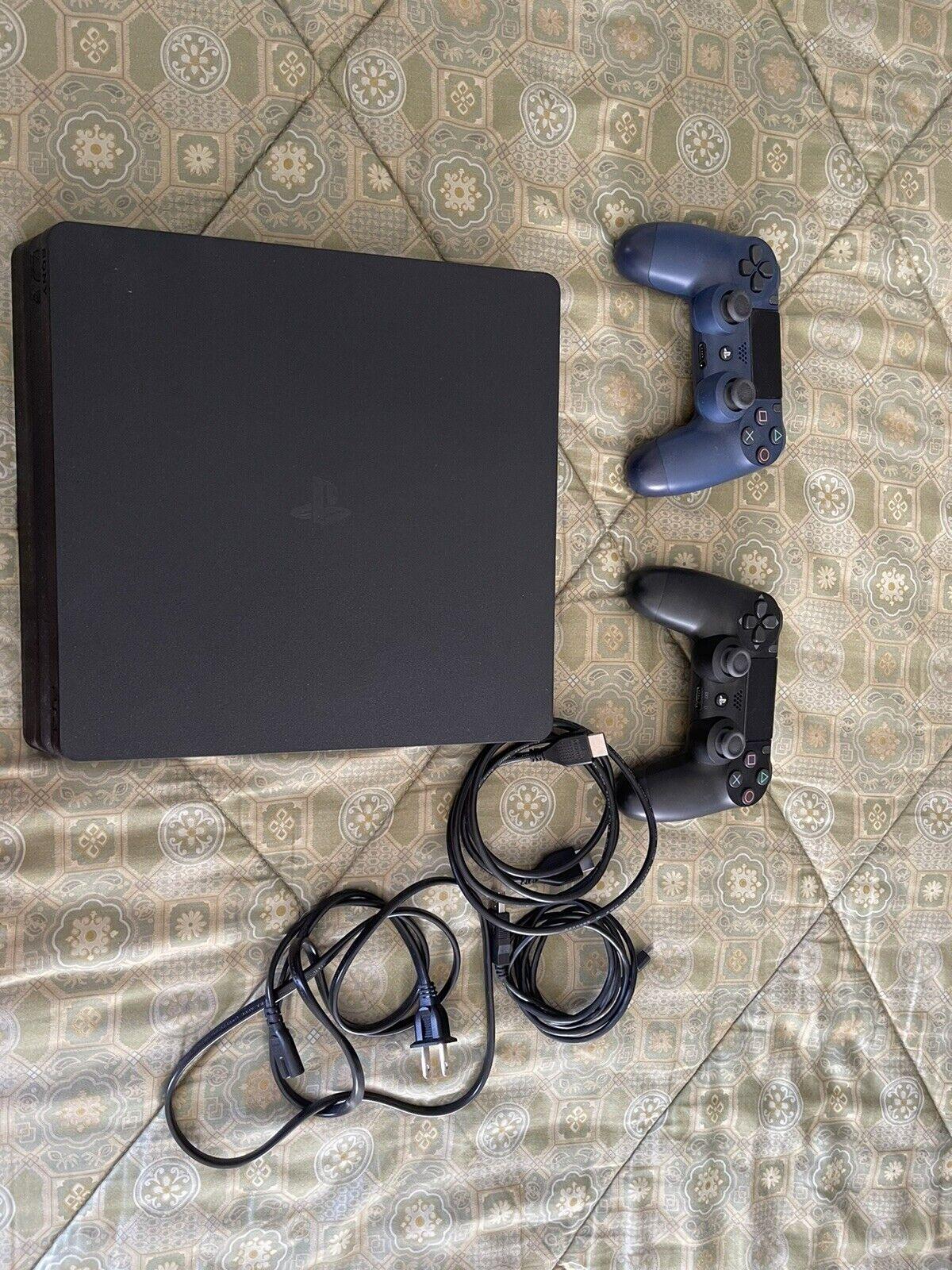 2019 Sony PlayStation 4 Slim 1TB Console With Bundle.