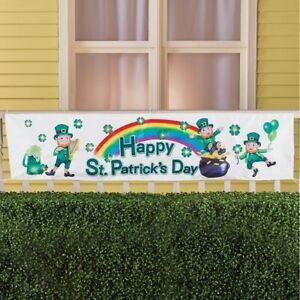 LED-Lighted-034-HAPPY-ST-PATRICK-039-S-DAY-034-Leprechauns-amp-Shamrocks-Porch-Fence-Banner